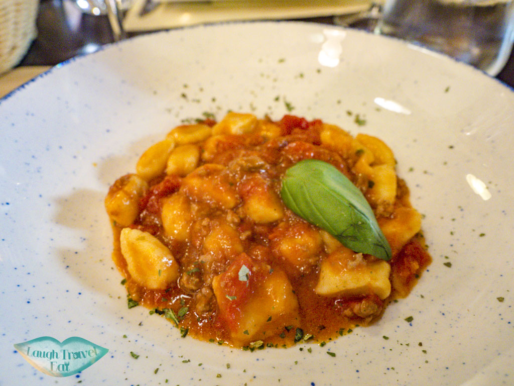 gnocchi lunch stop the tour guide food tour venice italy - laugh travel eat