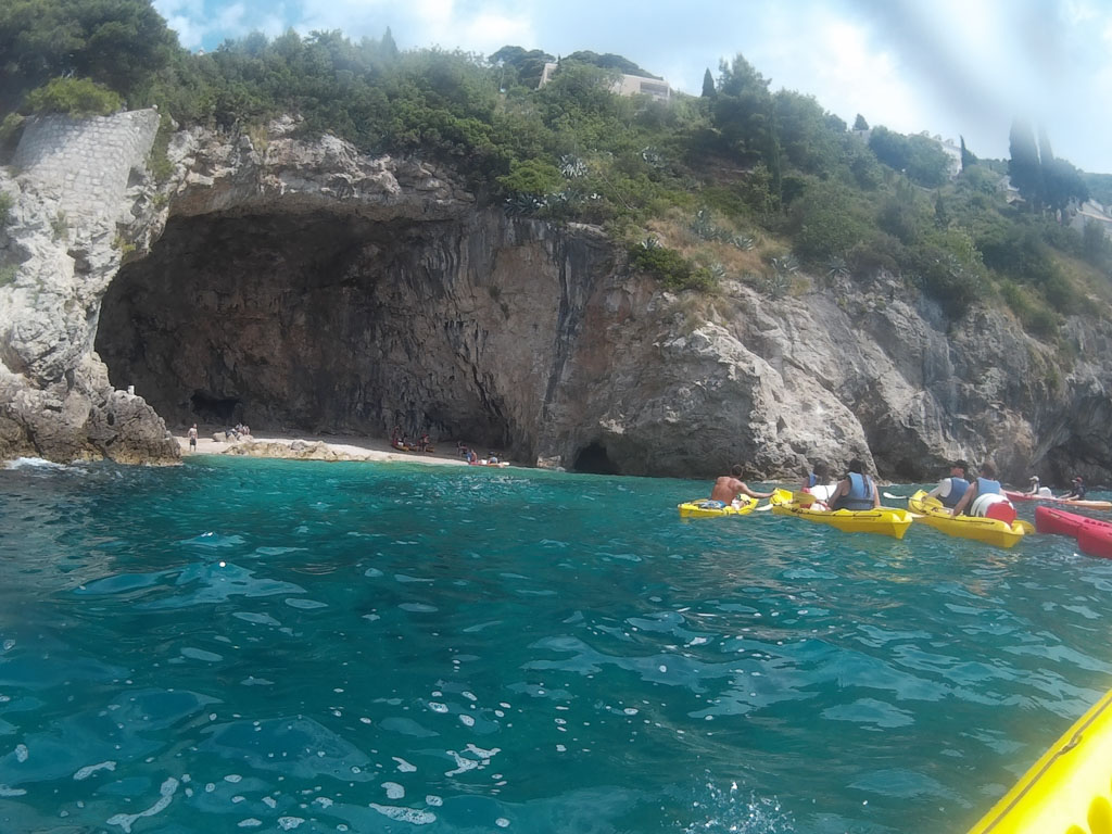 kayak from dubrovnik to lokrum lunch cove