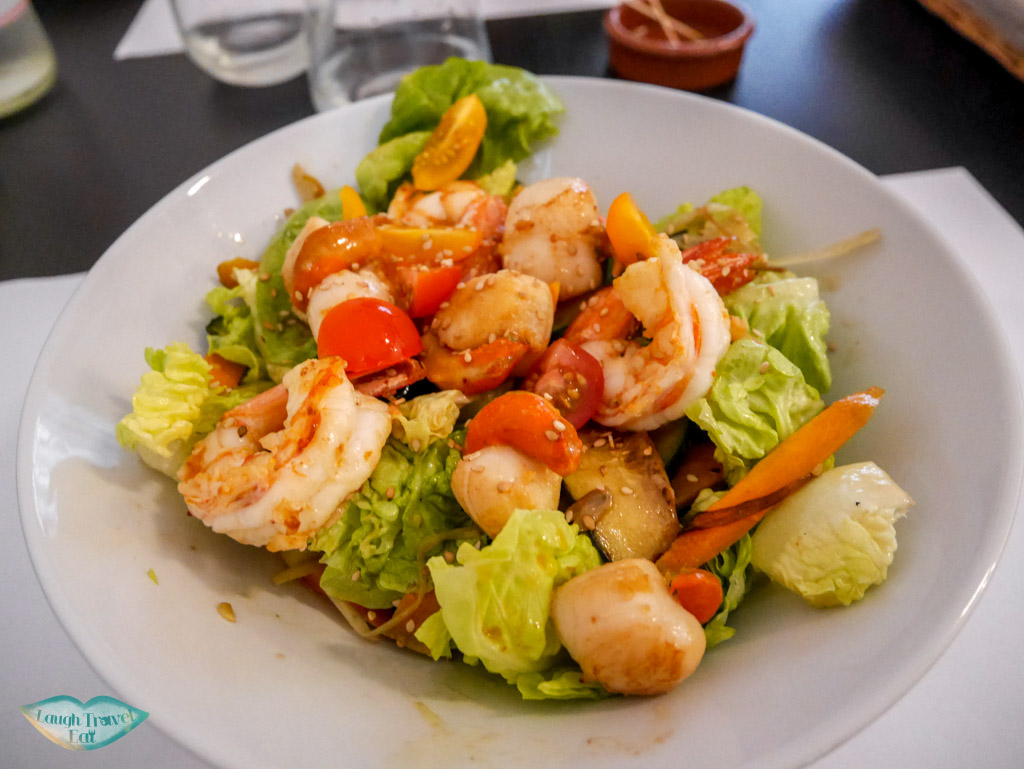 starter les echevins restaurant marseille france | Laugh Travel Eat