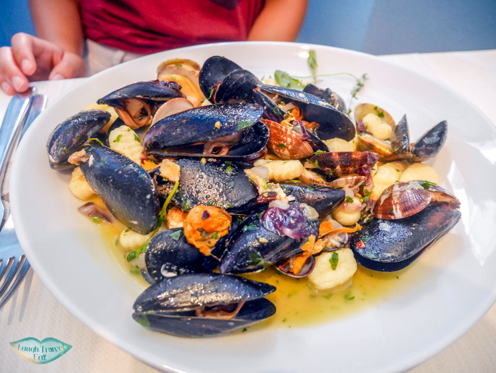 mussels portovenere un mare di sapori restaurant liguria italy | Laugh Travel Eat
