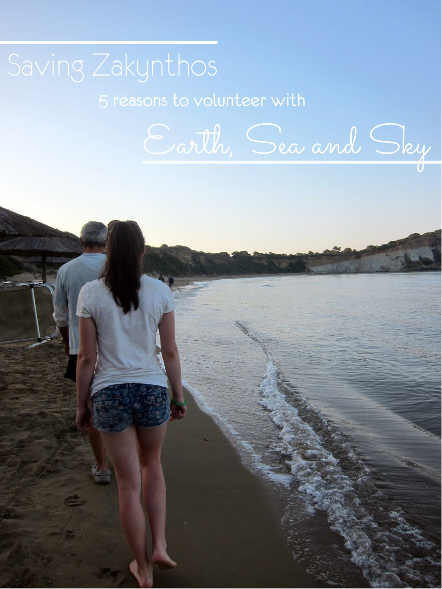 Beach clean up whilst volunteering with Earth Sea and Sky| Laugh Travel Eat