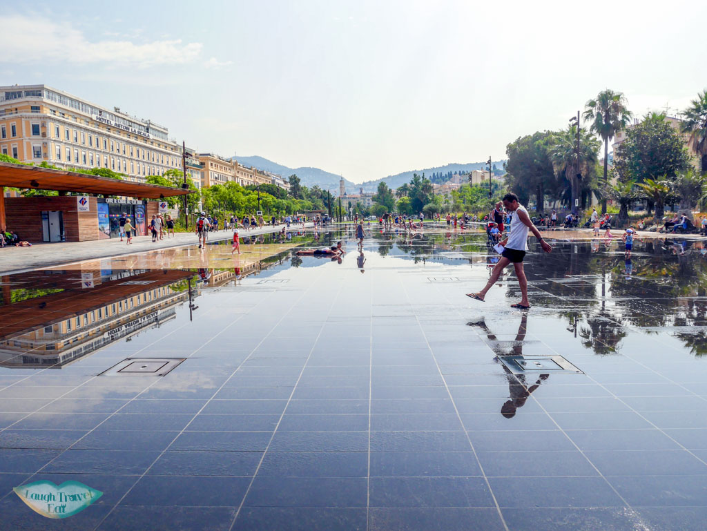 miroir d'eau nice south of france | Laugh Travel Eat