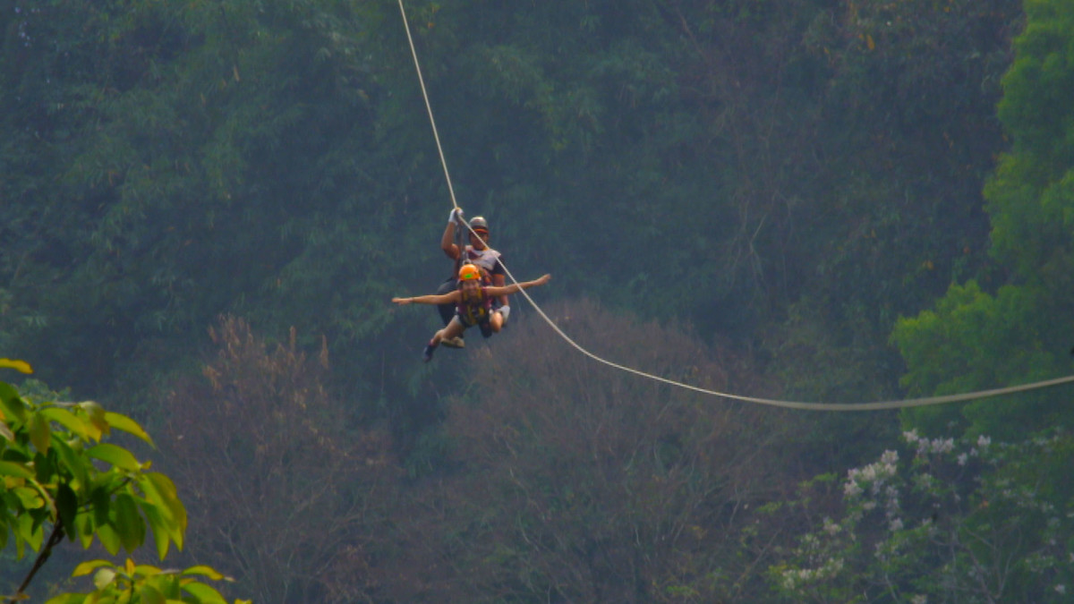 Flying at the 900m long zip line at Skyline Adventure in Chiang Mai | Laugh Travel Eat