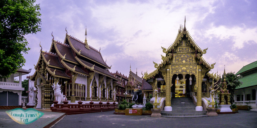 Wat-Saen-Muang-Ma-Luang-thailand-laugh-travel-eat