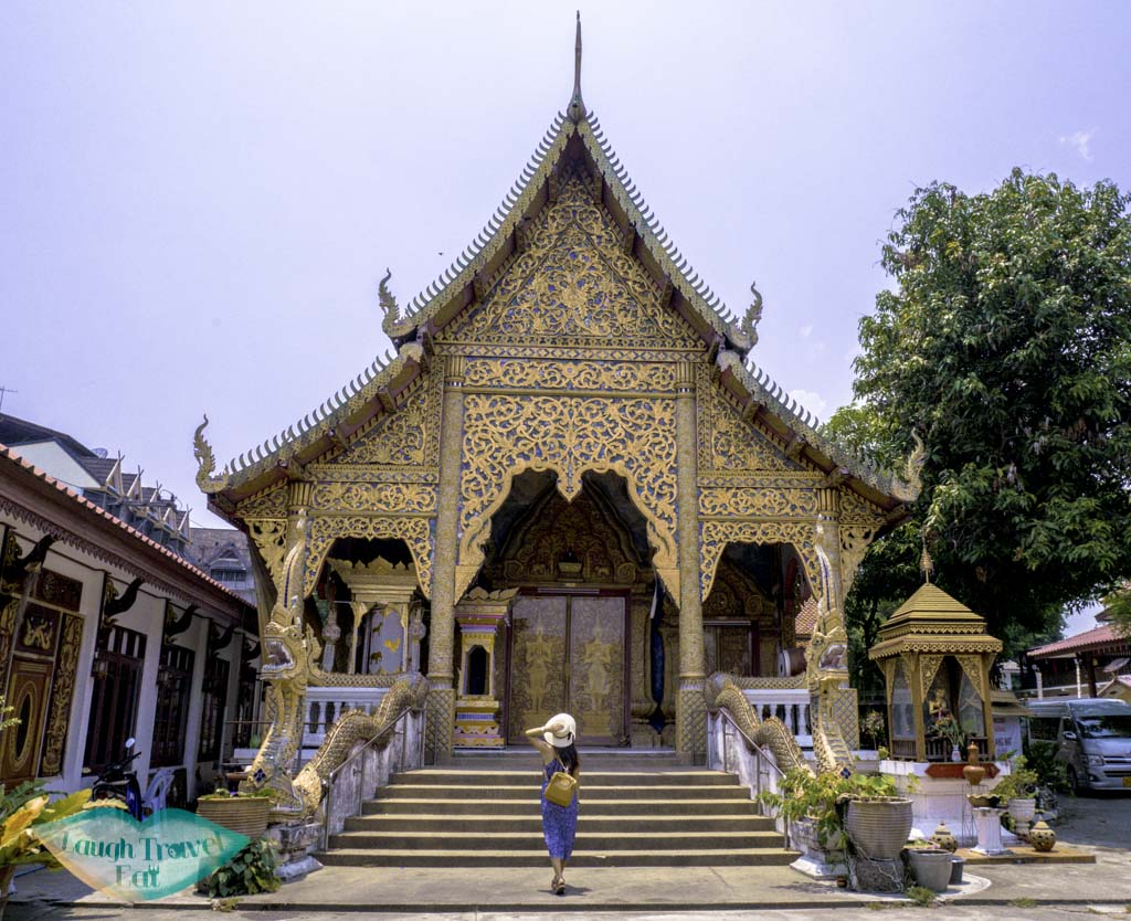 wat-lam-chong-vihran-Chiang-Mai-Thailand-Laugh-Travel-Eat