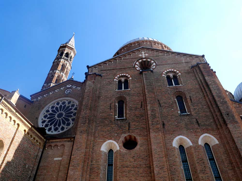 Saint Antonio Bascillica, Padua, Veneto, Italy | Laugh Travel Eat