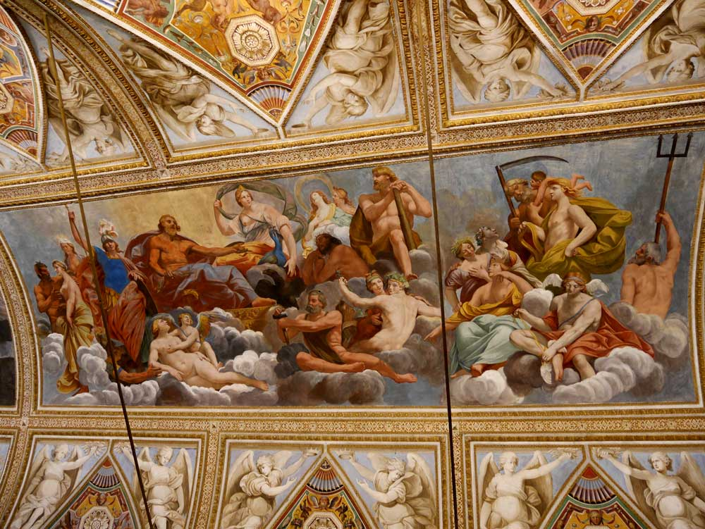 ceiling fresco in the Hall of mirrors, Ducal Palace, Mantua, Italy | Laugh Travel Eat