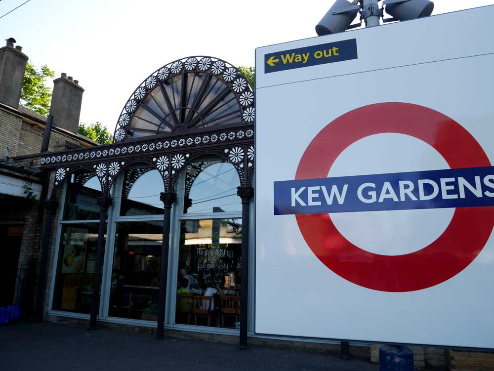 Kew Garden station - which is actually above ground on district line, London | Laugh Travel Eat