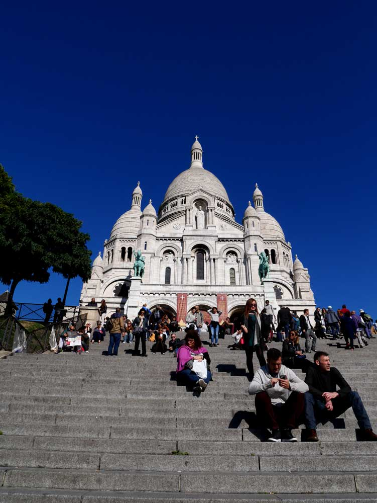 The steps to Scare Coeur, Montmartre, Paris | Laugh Travel Eat