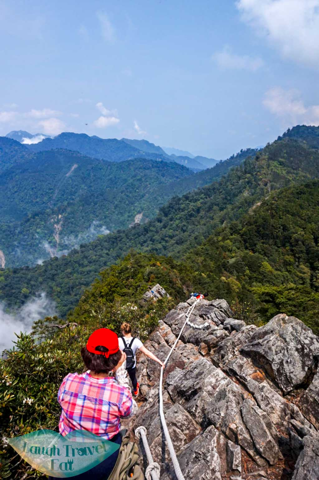 Trail leading down from mountain top atYuan Zui Mountain in Dasyueshan National Forest Recreational Area, Taichung - Laugh Travel Eat