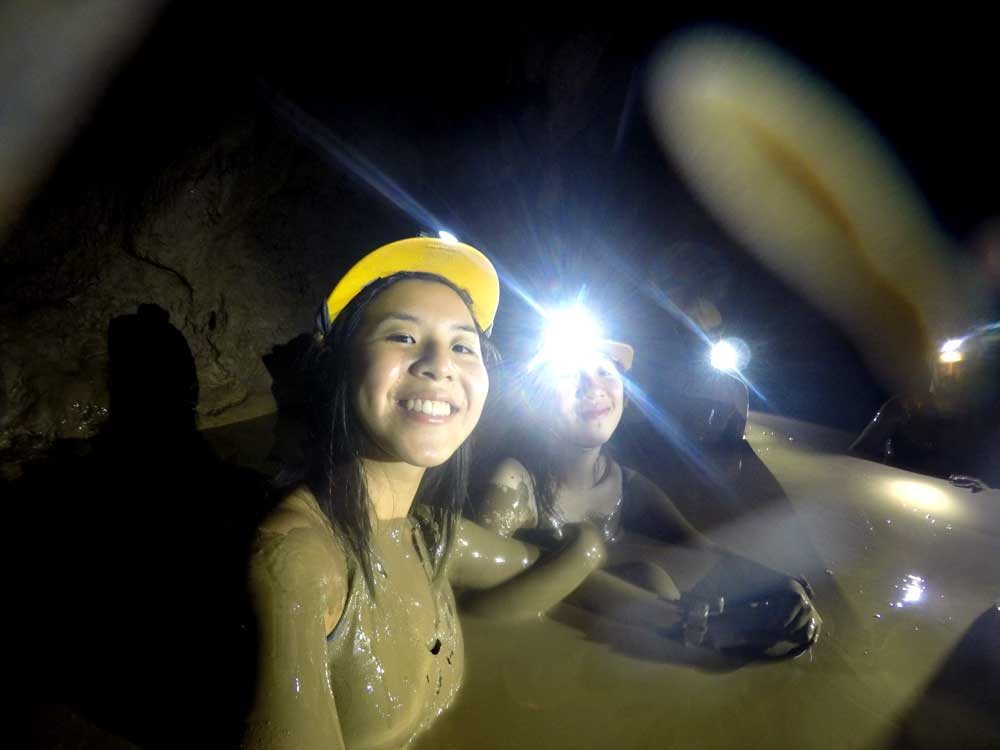 Mud bath, Dark Cave, Phong Nha | Laugh Travel Eat