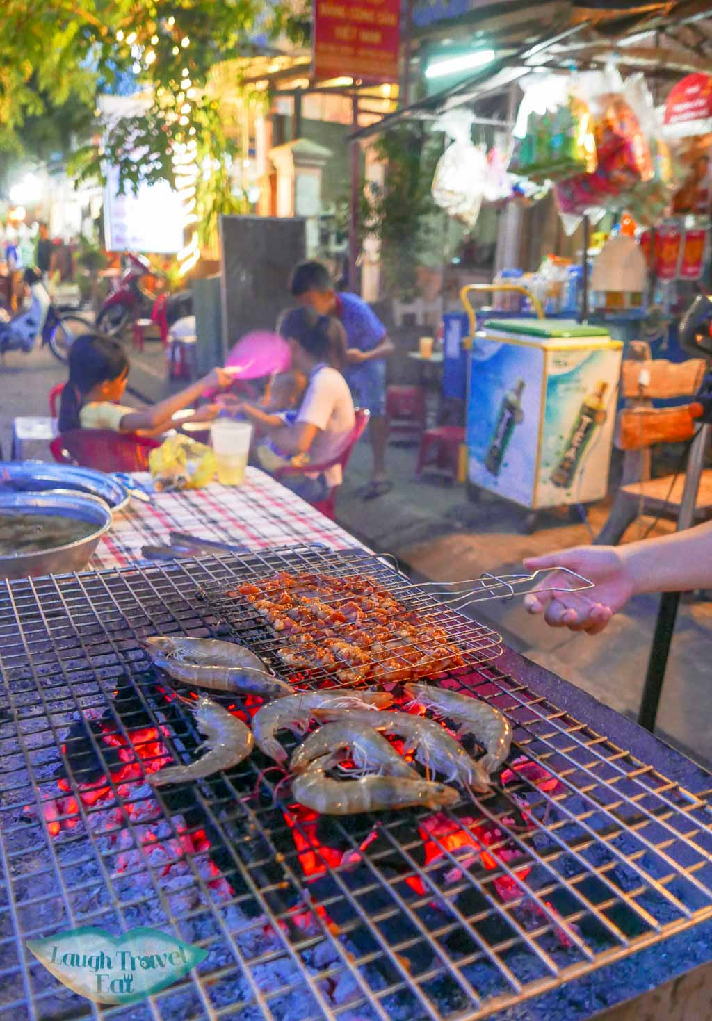 seafood grill red gecko restaurant, Hoi An, Vietnam - Laugh Travel Eat