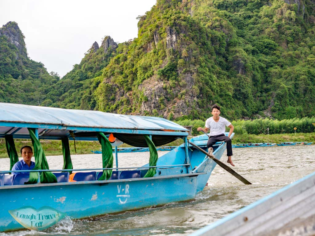 tourist boat to phong nha cave phong nha vietnam - laugh travel eat