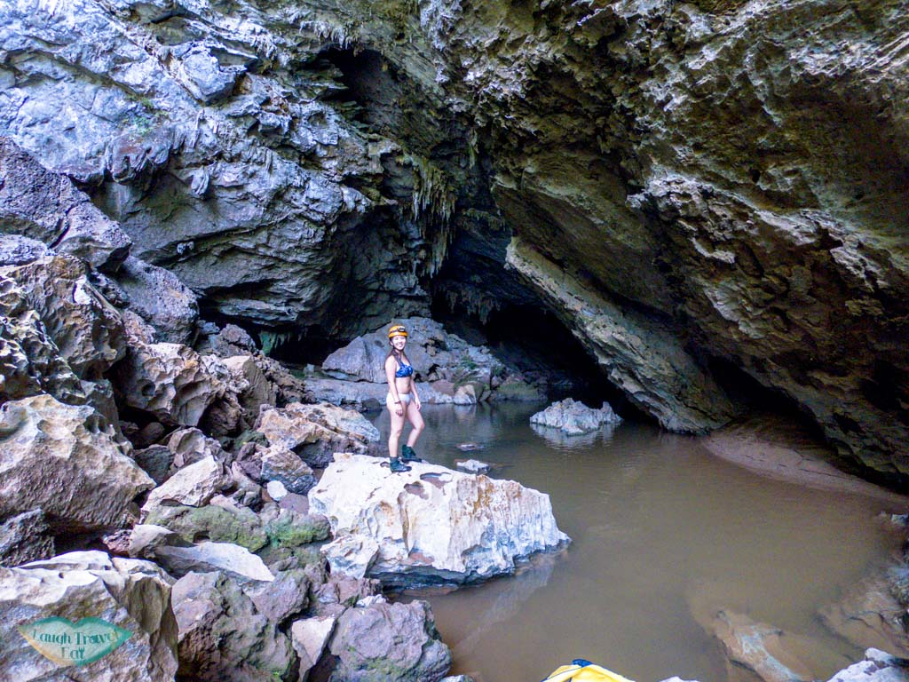 tra ang cave jungle boss phong nha ke bang vietnam - laugh travel eat