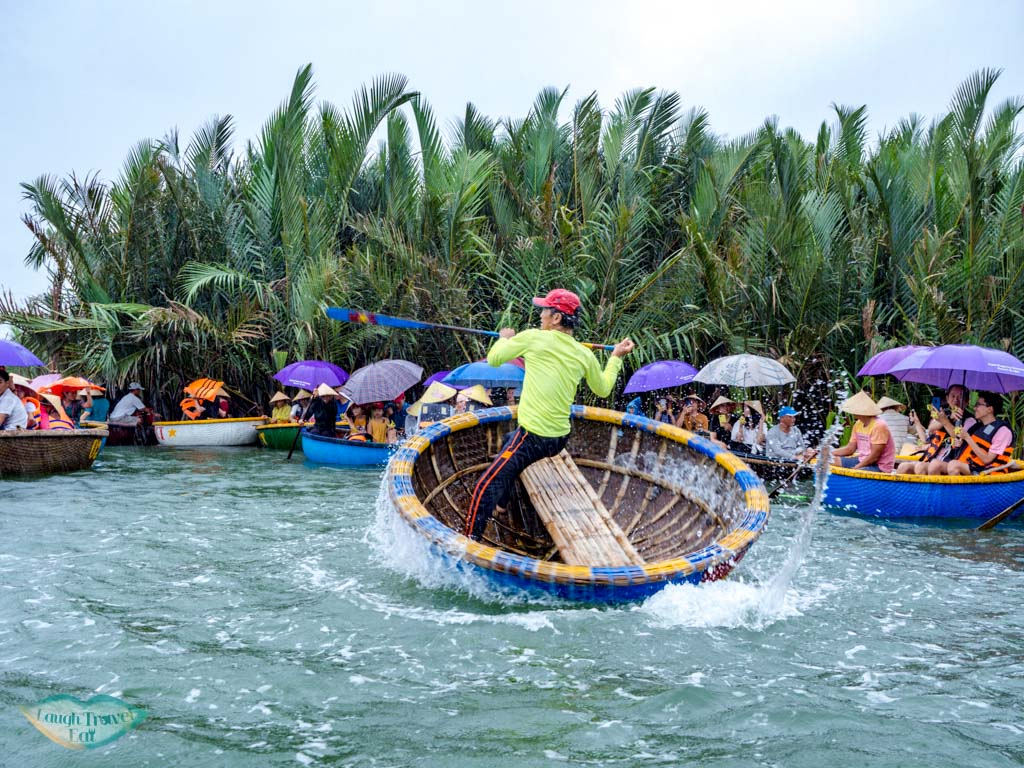 bamboo rafting hoi an vietnam - laugh travel eat-2