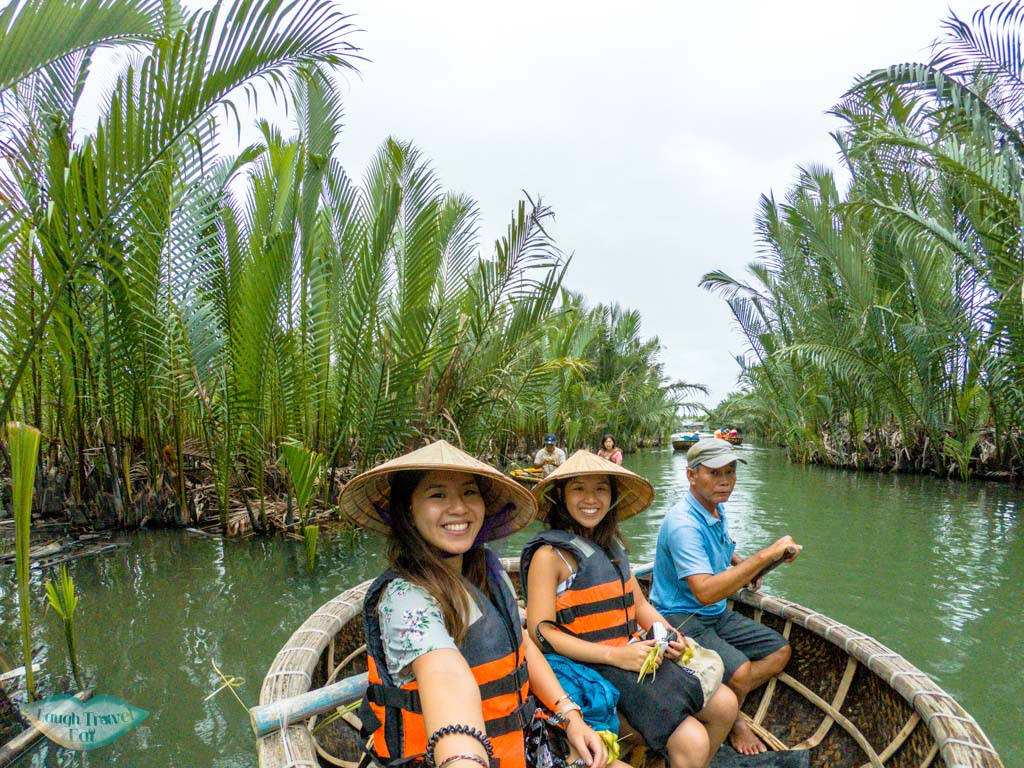 bamboo rafting hoi an vietnam - laugh travel eat-4