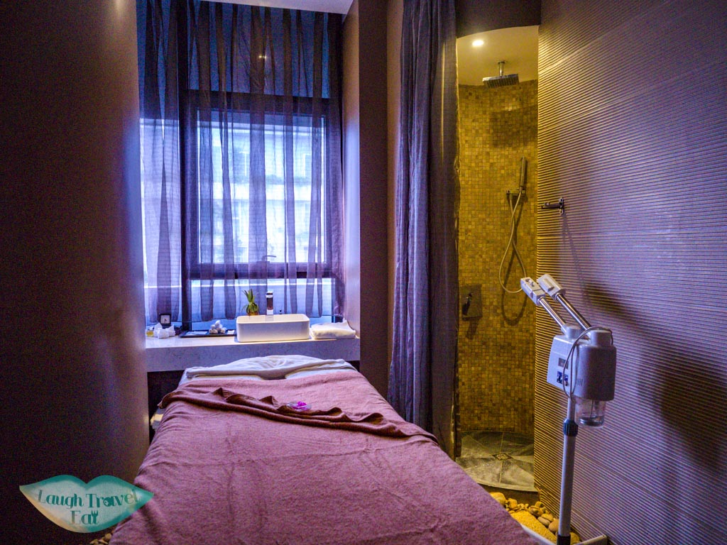maison spa room belle maison parosand danang vietnam - laugh travel eat