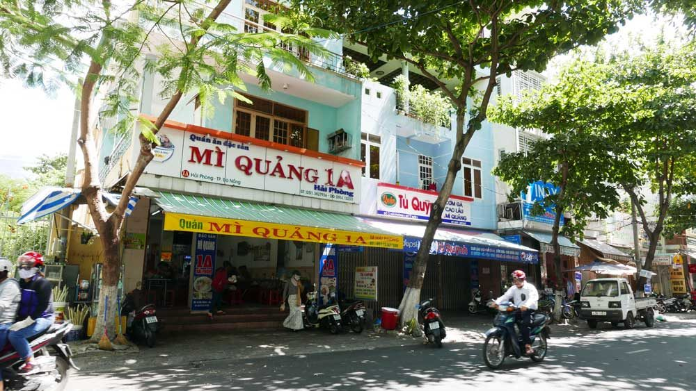 Mi Quan A1 restaurant, Danang, Vietnam | Laugh Travel Eat