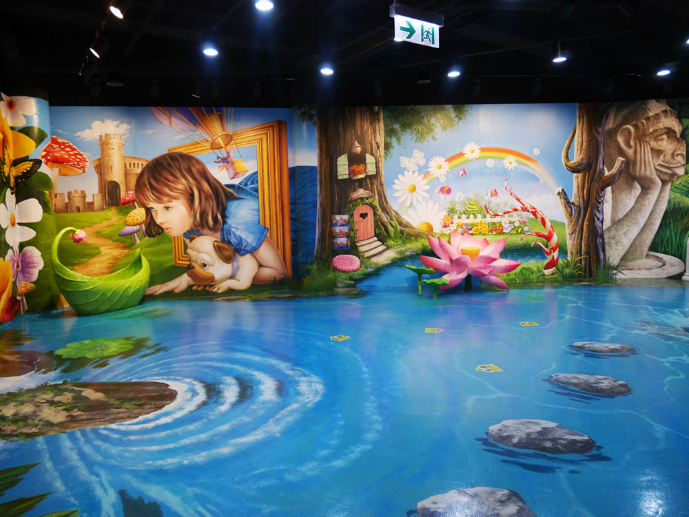 The Secret Garden, Trick Eye Museum, The Ultimate Guide to the Peak, Hong Kong | Laugh Travel Eat