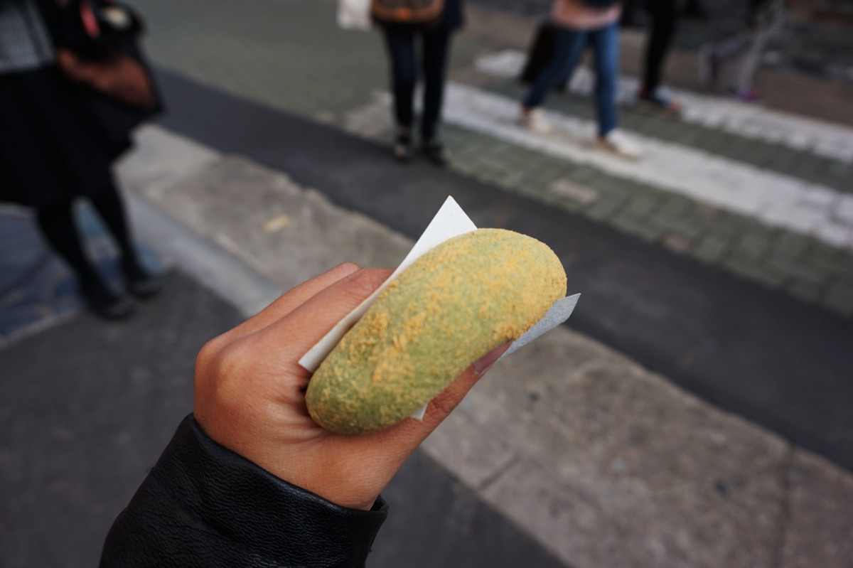 Mochi purchased at Japanese Confectionary Shop in Nara | Laugh Travel Eat