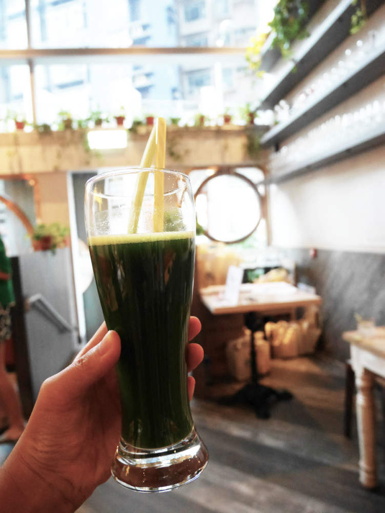 Detox green Vita coco drink at grassroots pantry, Hong Kong | Laugh Travel Eat