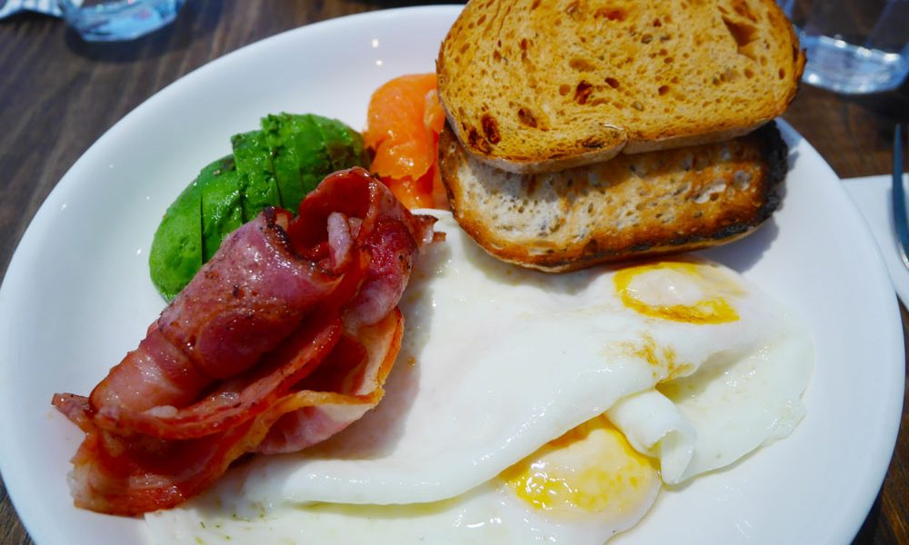 Breakfast at Loco Fama, Hong Kong | Laugh Travel Eat