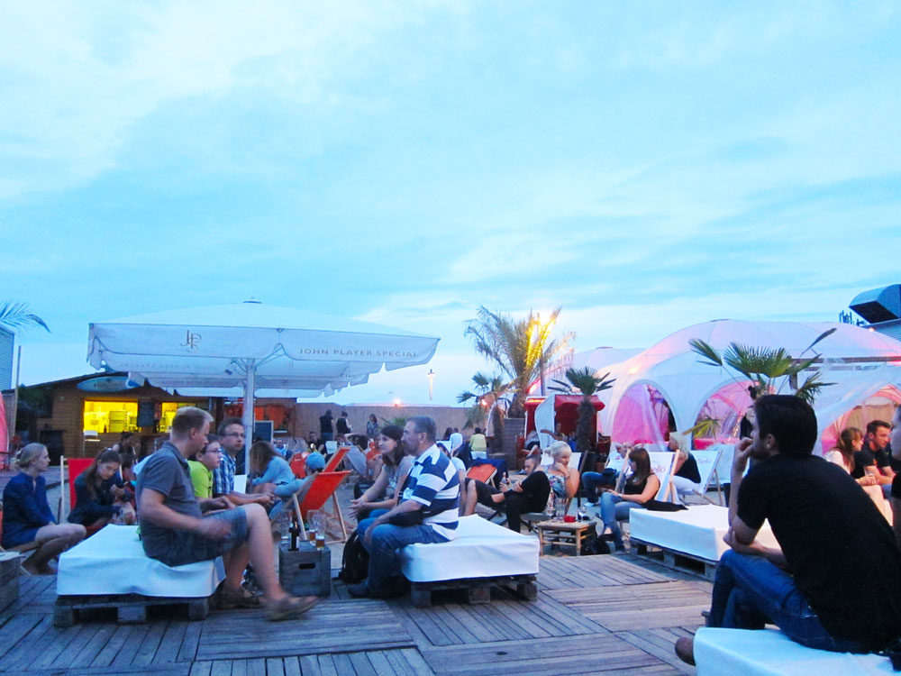 Beach Bar in Prezlauerberg, Berlin | laugh Travel Eat
