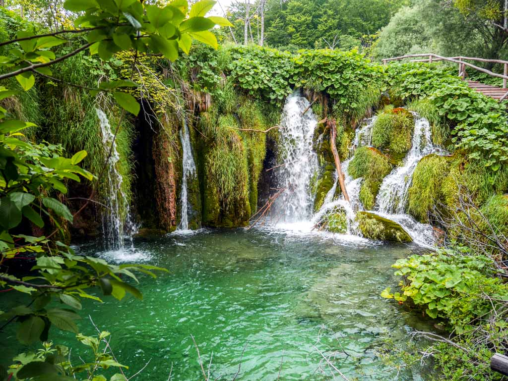 waterfall in pltivce national park croatia 3