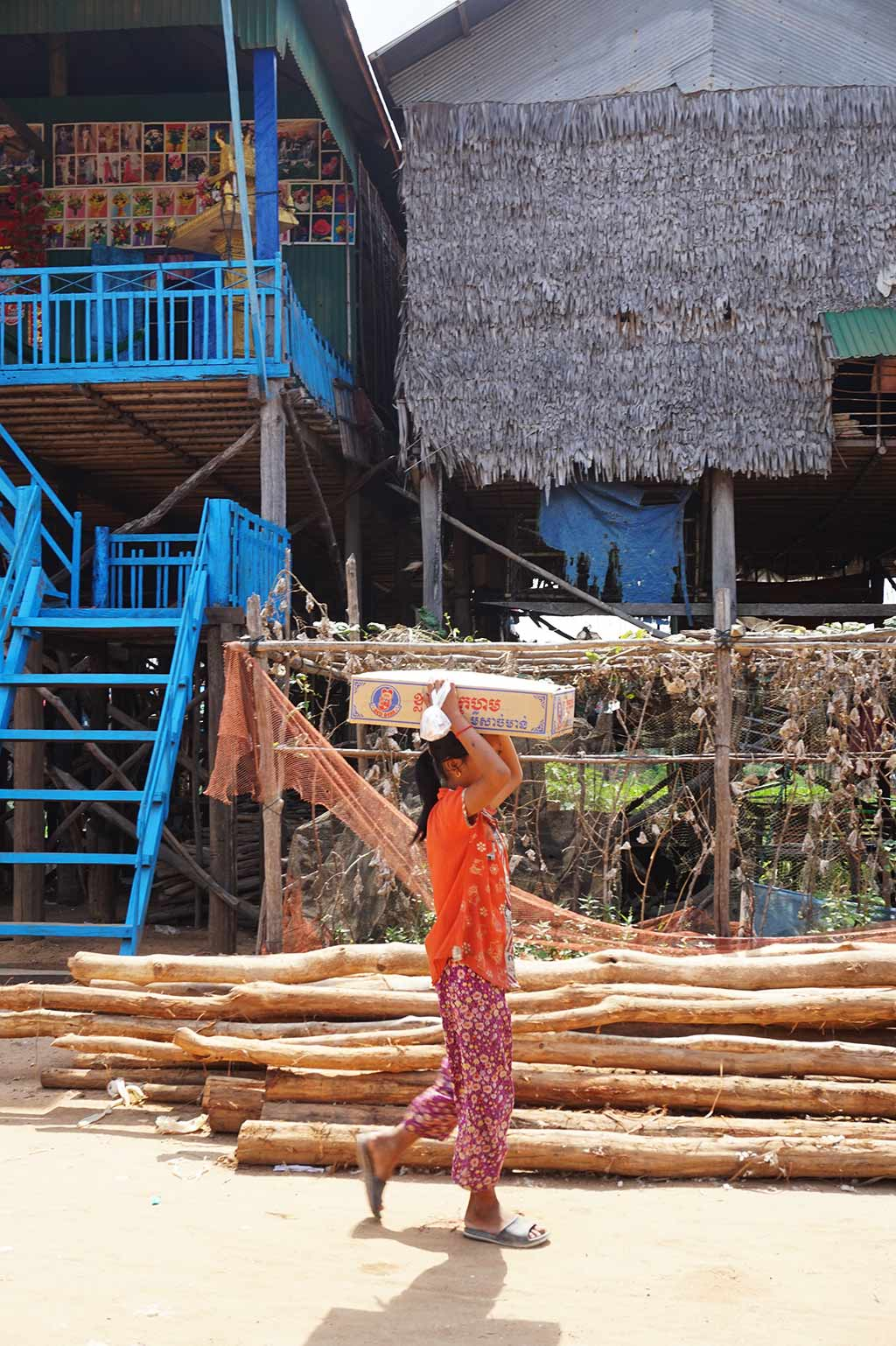 Children at Kampong Pluk floating village, Siem Reap, Cambodia | Laugh Travel Eat