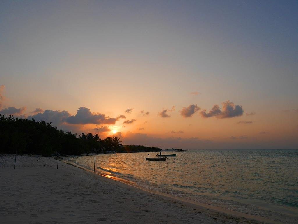 sunset at the bikini beach on Gaafaru, Maldives | Laugh Travel Eat