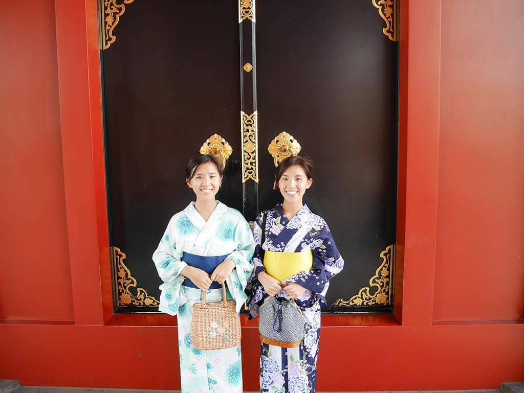 me and wing in yukata, hozoman, sensoji temple, asakusa, taito, tokyo, japan | Laugh Travel Eat