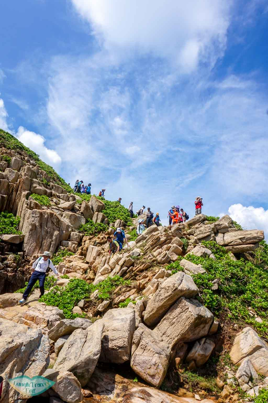 going down to big stove arch at ngan peng tau north ninepin island sai kung hong kong - Laugh Travel Eat