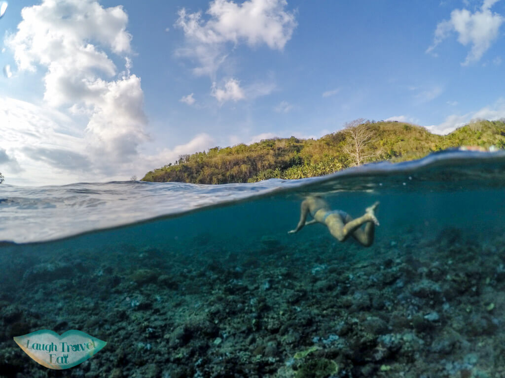 Crystal Bay wing swimming Nusa Penida Bali Indonesia