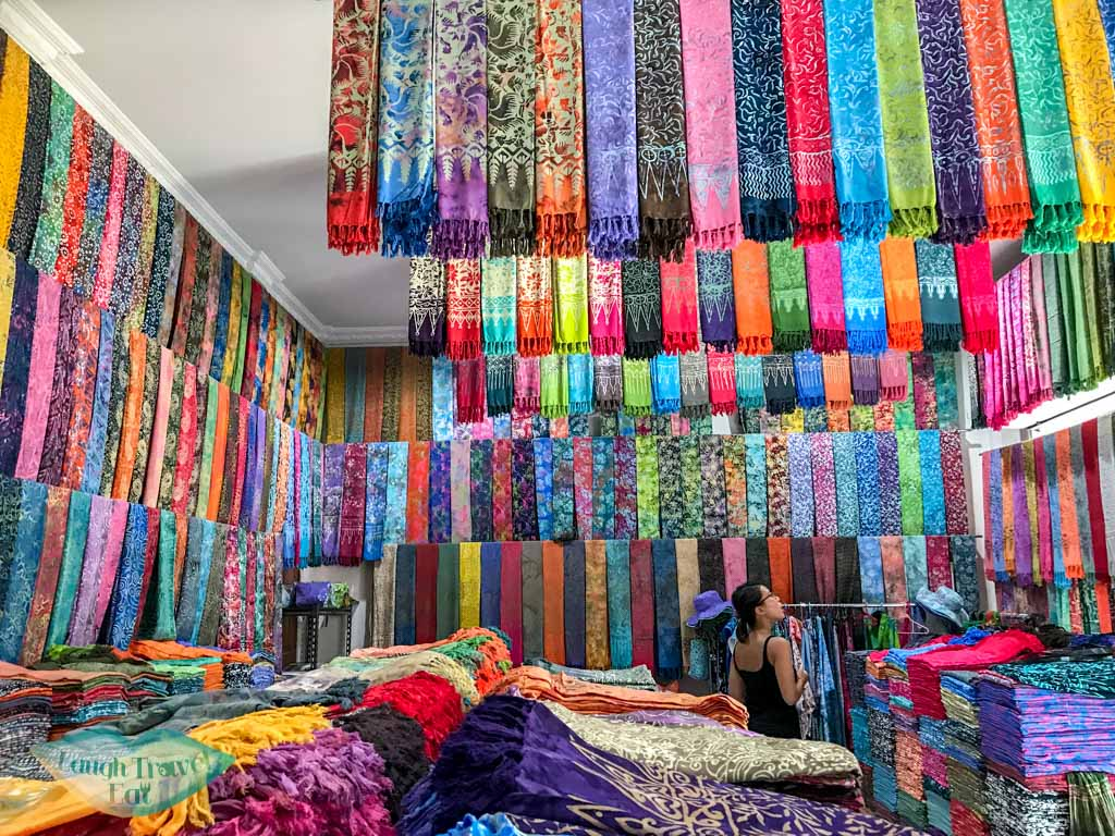 sarong shop seminyak bali indonesia - laugh travel eat