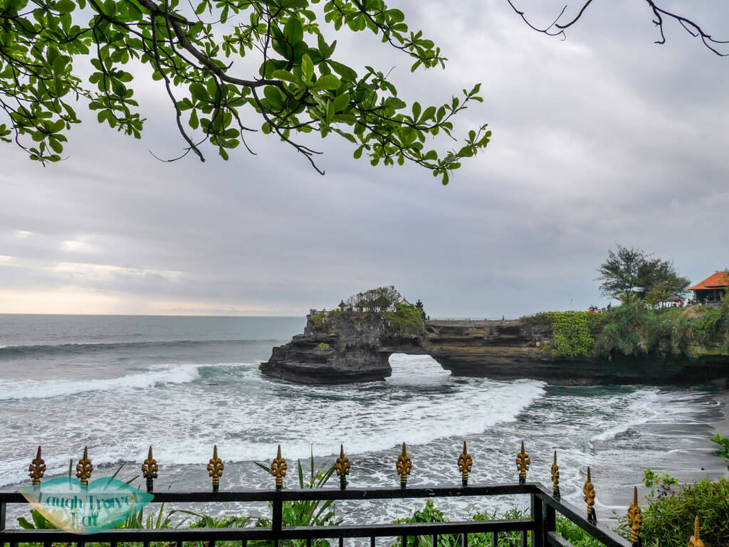Pura Batu Bolong bali indnoesia - Laugh Travel Eat