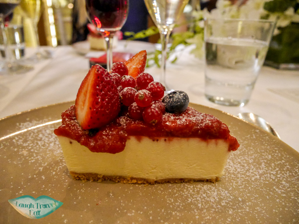 cheesecake the manor st regis hotel macau - laugh travel eat