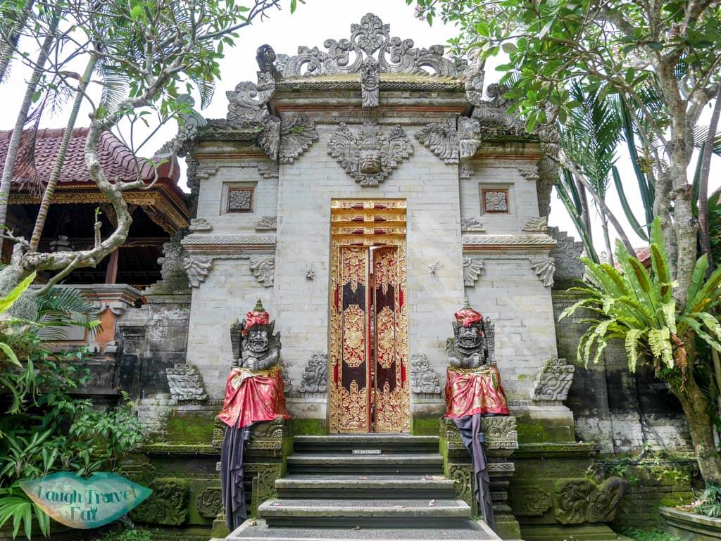 ubud palace ubud bali indnoesia - Laugh Travel Eat