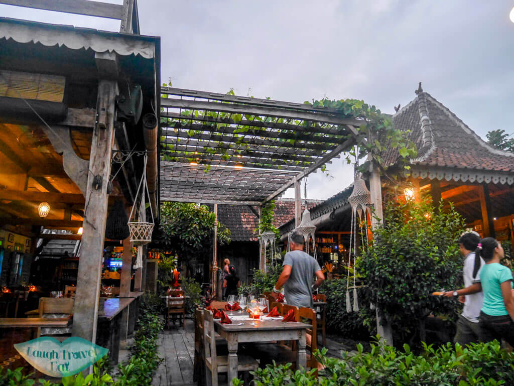 warung dandelion bali indnoesia - Laugh Travel Eat