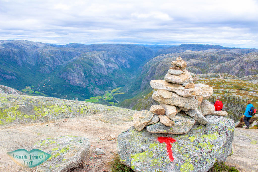 T marker for the trail on kjeragbolten hike norway europe | Laugh Travel Eat