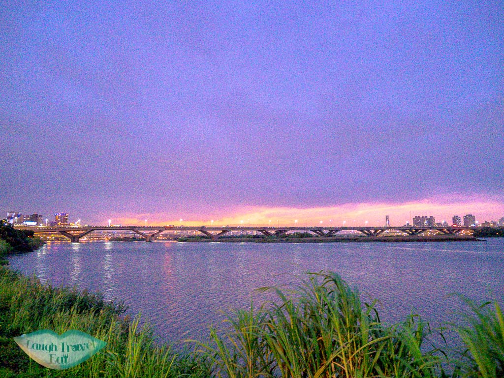 yanping riverside park sunset taipei taiwan - laugh travel eat