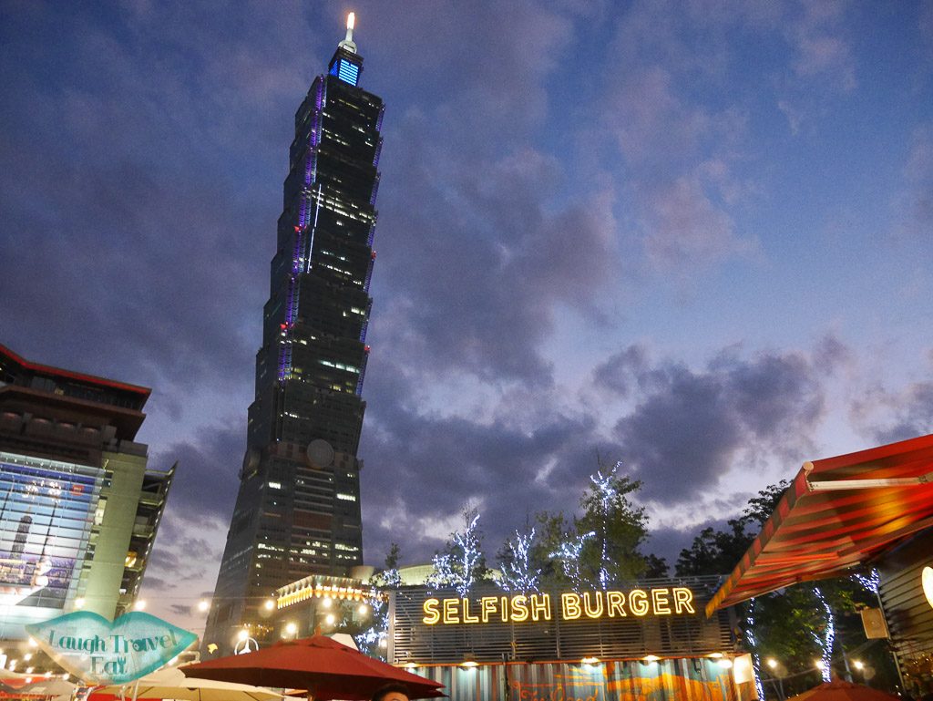 taipei 101 at night taipei taiwan - laugh travel eat