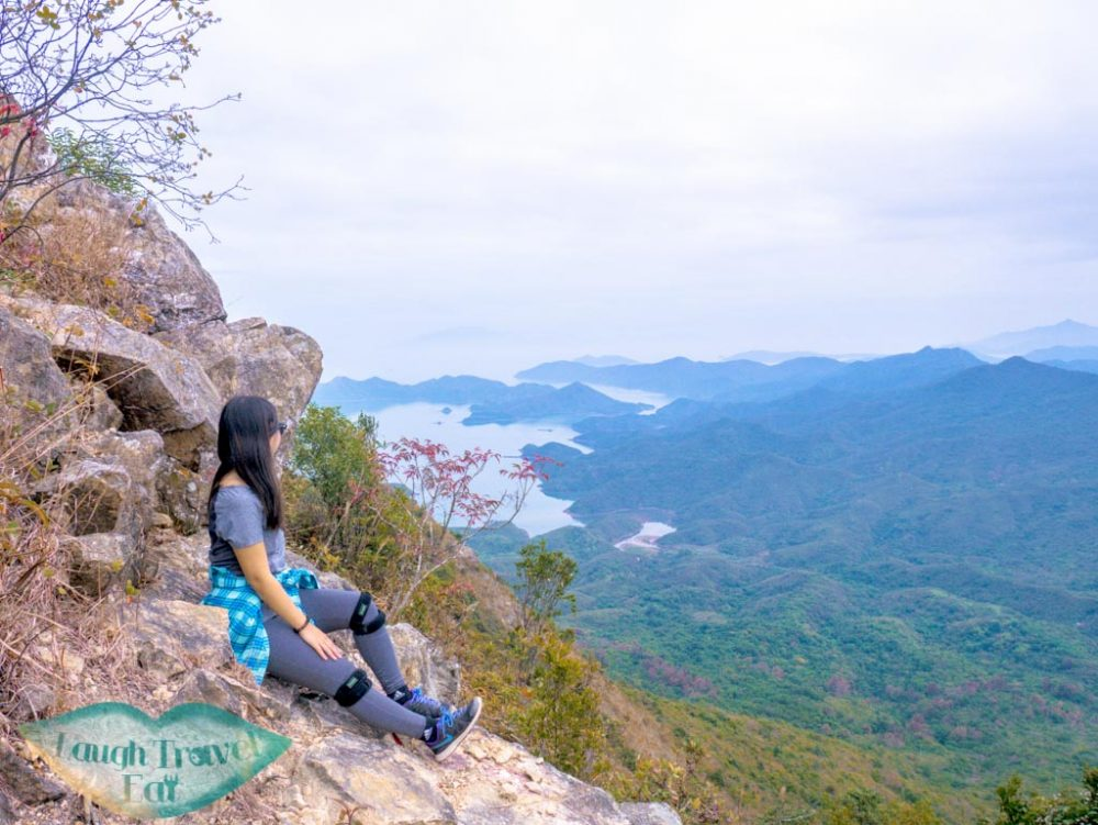 viewpoint going up tiu tang lung hong kong- laugh travel eat