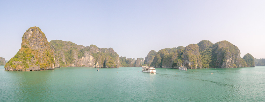 view-of-halong-bay-on-paradise-elegance-vietnam-laugh-travel-eat