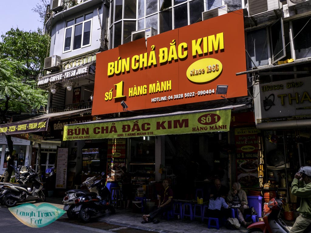 bun-cha-dac-kim-hanoi-vietnam-laugh-travel-eat