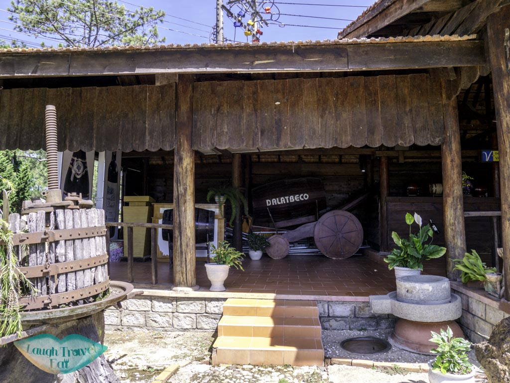 dalat-beco-winery-ninh-thuan-vietnam-laugh-travel-eat