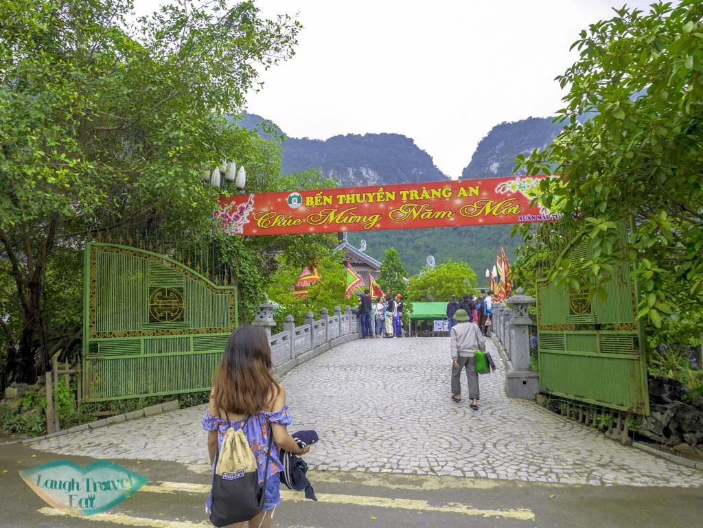 entrance-to-trang-an-grottoes-ninh-binh-vietnam-Laugh-Travel-Eat