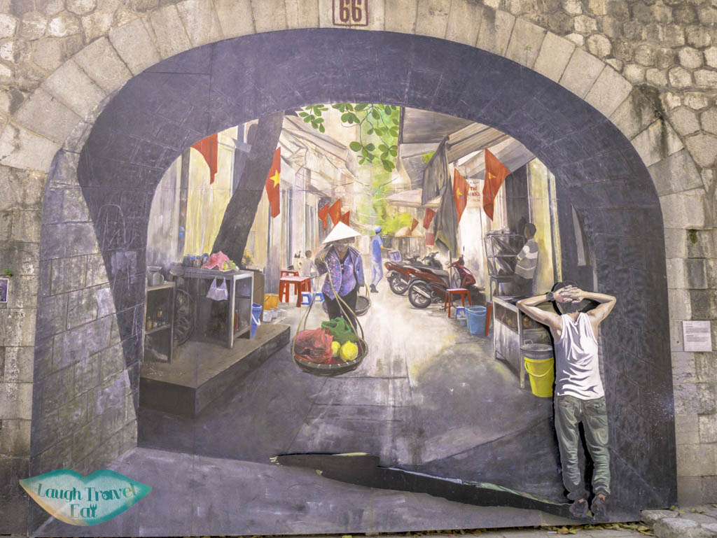 hanoi-art-wall-hanoi-vietnam-laugh-travel-eat-1-of-3