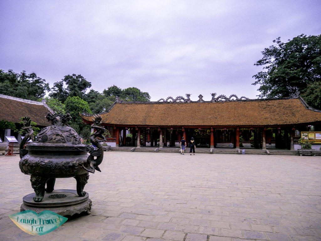 main-temple-at-temple-of-literature-hanoi-vietnam-laugh-travel-eat