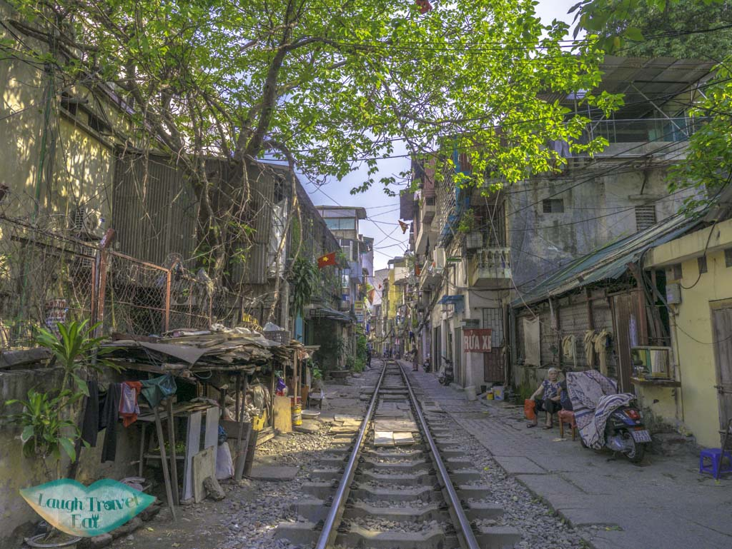 southern-side-of-train-street-hanoi-vietna-laugh-travel-eat
