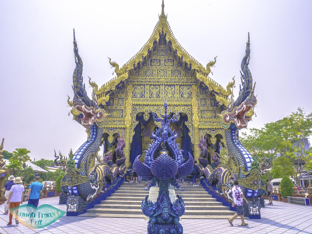 the-blue-temple-chiang-rai-thailand-laugh-travel-eat